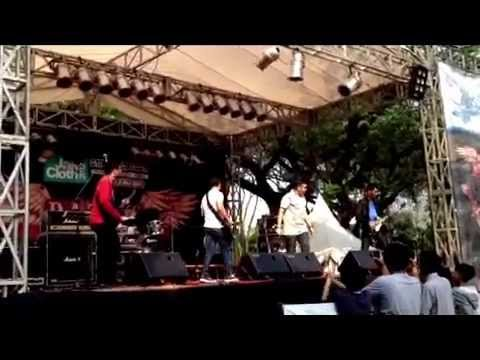 In hurricane rhythm - My empty heart (Live from jakcloth 7712...
