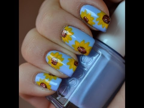 Sunflowers saves the day - Easy nail tutorial
