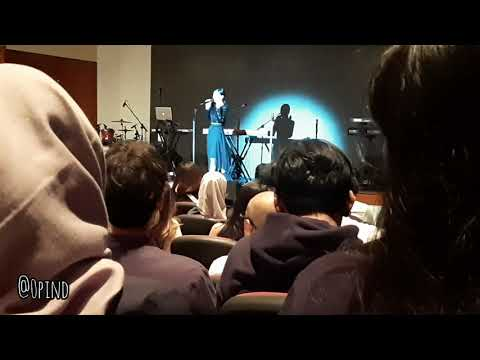 Download  Intimate showcase LEXICON by ISYANA SARASVATI Gratis, download lagu terbaru