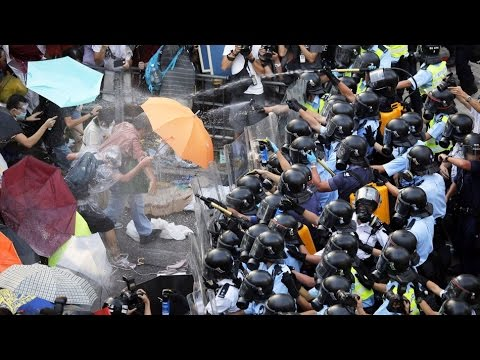 Hong kong Turns Into Battlefield, Several Shot by Brutal Police