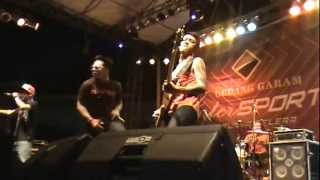"SAINT LOCO - ANSWER ""LIVE IN TEMBILAHAN #RIAU"""