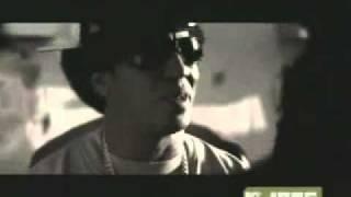 Don Omar Feat Tego Calderon   Los Bandoleros.flv