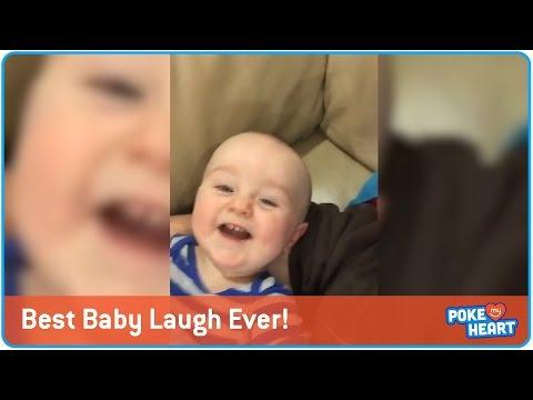見た方も必ず笑顔になる赤ちゃんの汚れのないえがお♪