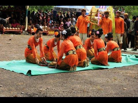 tarian ritual tetaken