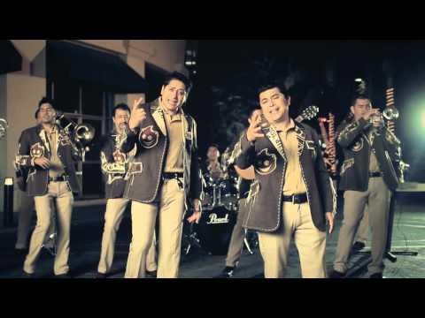Como lo quieras - Banda Pequeños Musical (Oficial)