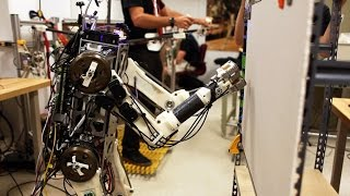 Robot with human reflexes