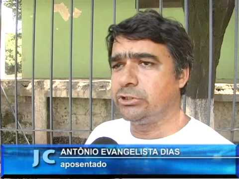 CHAVES   -  Abre a torneira