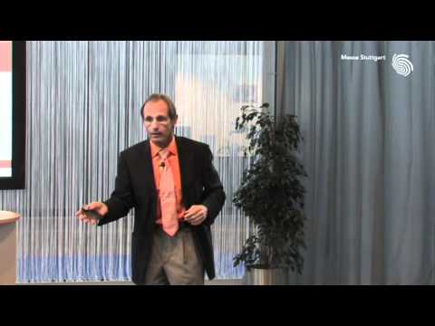 Integration von Cloud-Services und Social Networks für eine enge Kundenbindung