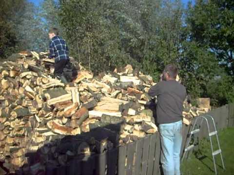 Rek om hout te stapelen