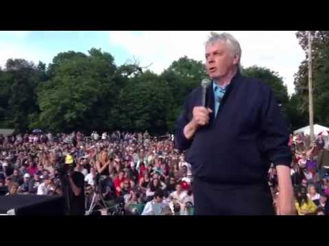 David Icke Addresses Thousands at Bilderberg protest