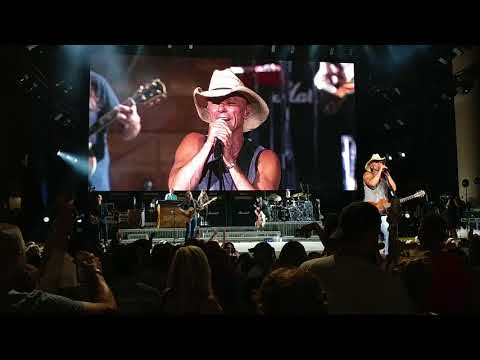Download Lagu  Kenny Chesney- Get Along Mp3 Free