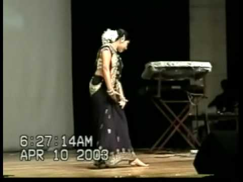 Dola Re Dola  Srilankan Girl Performs  On Stage Song From Devdas video