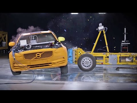 Crash Test 2017 Volvo V90 CROSS COUNTRY