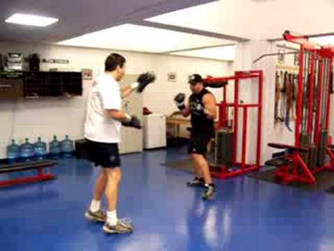 2 Minute Boxing Focus Mitts Workout Image 1
