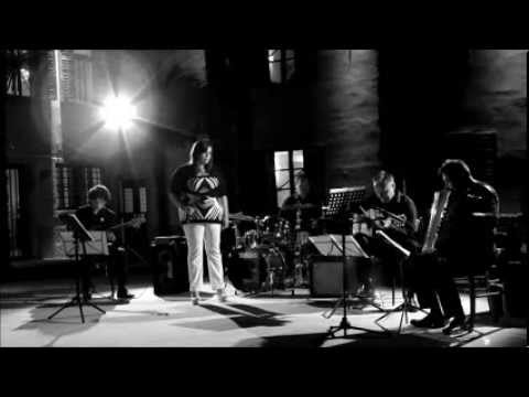 GORNI KRAMER QUARTET & MARTINA FERI - GUARDA CHE LUNA (Malgoni-Pallesi) - Gorizia, Istituto di musica, 17/7/2012 (encore)