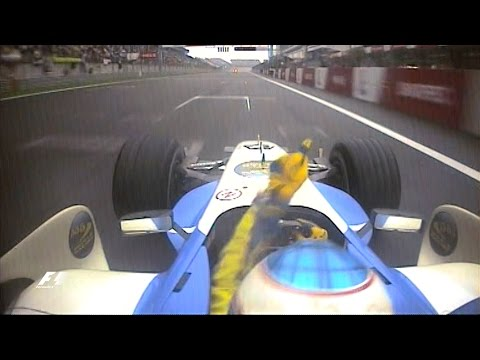 F1 Classic Onboard: 2006 Chinese Grand Prix, Button's Last-Lap Charge