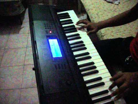pukarta chala on piano by Richeek Awasthi...