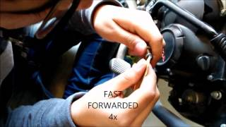 how to clean spark plug of indian motorcycle   honda livo   in hindi