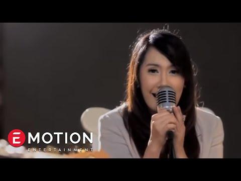 download lagu Cassandra - Cinta Terbaik  Karaoke gratis
