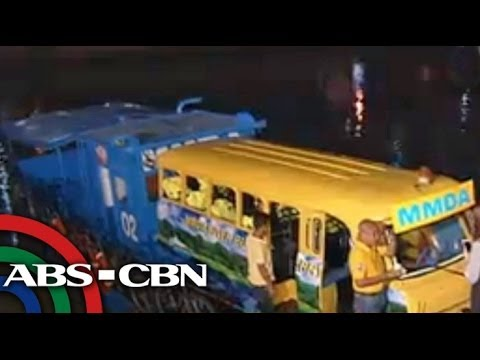 MMDA launches Pasig River 'bus ferry'