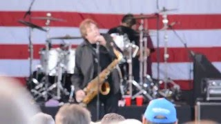 Watch Eddie Money I Cant Hold Back video