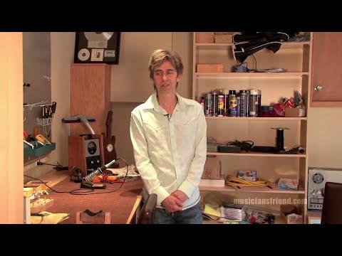 Eric Johnson Up Close - part 1 - Saucer Studios