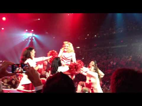 Madonna - Give Me All Your Luvin' (Miami, 11/19/2012) - HD