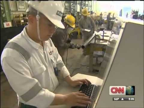Singapore Economic Star - Manufacturing Lesson for the West (CNN)