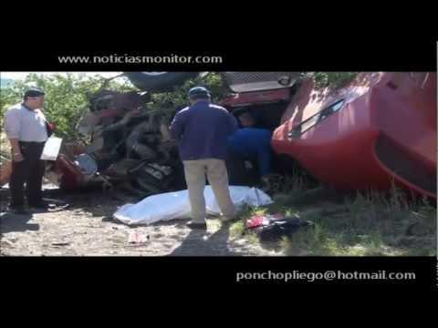 Fatal accidente deja trailero muerto