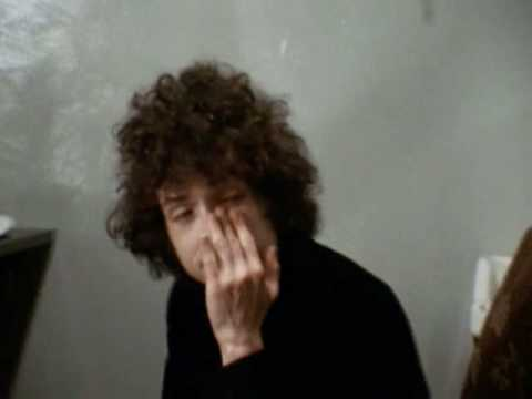 Bob Dylan on booing and walking out - 1966 Music Videos