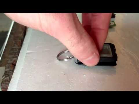 Tutorial for replacing Holden VE Key Components - this is how to change a battery, new buttons etc