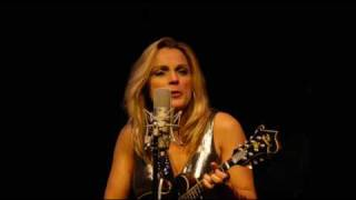 Watch Rhonda Vincent Ghost Of A Chance video
