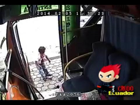 ASALTO  en BUS Amaguaña QUITO ECUADOR (Detallado)