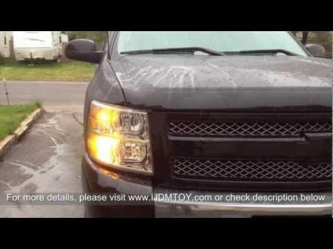 Xenon White/Amber Yellow Switchback LED Turn Signal Lights on Chevy Silverado
