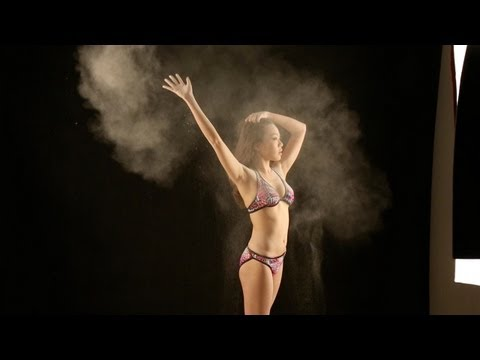 How to: Flash Photography - Bikini Powder Girl