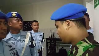 PEMUDA MENGAKU TNI AU GADUNGAN DI TANGKAP