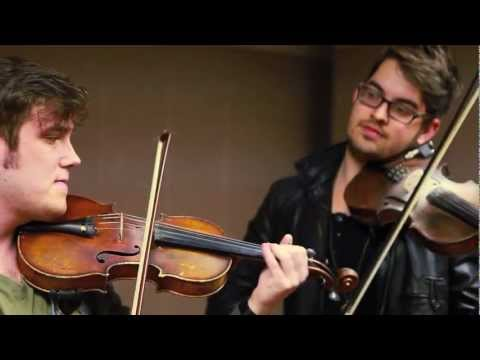 Subway Violinists -i Knew You Were Trouble - Rhett Price & Josh Knowles - Taylor Swift Cover video
