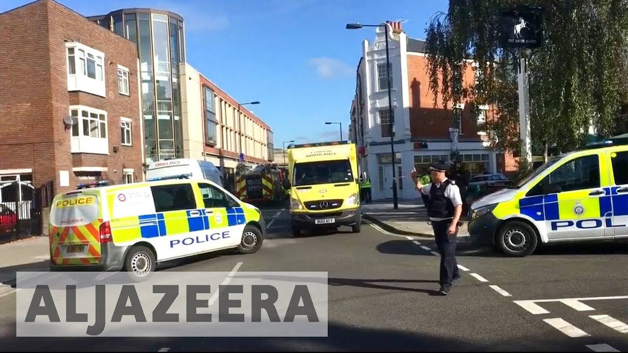 Parsons Green attack: UK police search house in Surrey