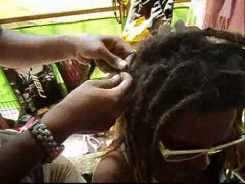 Going Rasta: How to make dreadlocks? Part I (Cebu, Philippines)