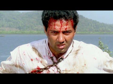 Sunny Deol Raveena Tandon - Imtihaan Action Scene 613