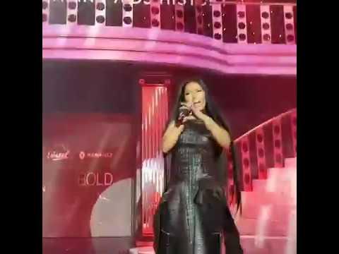 Nicki Minaj Performing Swish Swish (Remy Ma Diss)