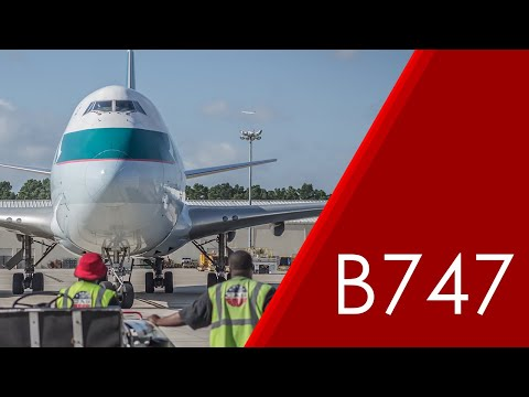 Cathay Pacific Cargo 747-400ERF (B-LIE) Arrival