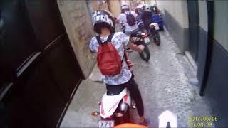 GIRO IN MOTO E UN VECCHIO NON CI FA PASSARE!!!
