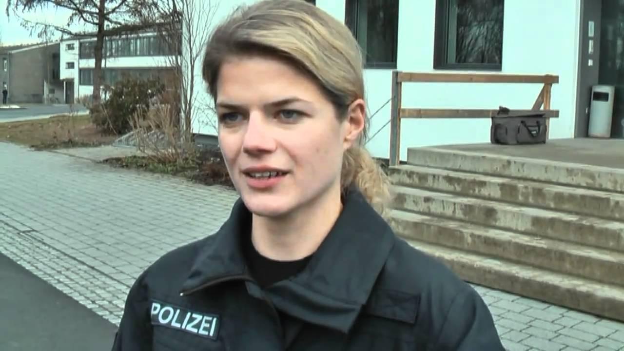 KÜSTENWACHE - Schauspielerin Annekathrin Bach (Leonie