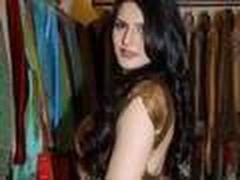 hot zarine khan in bikini pics. Hot Zarine khan Gossip in