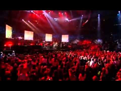 Bon Jovi - Raise Your Hands (live, 2008)