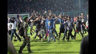 Download video Lihat Sikap Ndeso Aremania Di Stadion Kanjuruhan