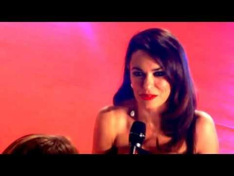 Maria Grazia Cucinotta Film Fest Roma - Splendido Seno e Vestito