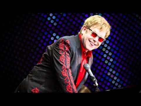 #6 - Mona Lisas & Mad Hatters - Elton John - Live in Augustenborg...