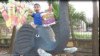 Trò Chơi Săn Cát Động Lực -Ngọc Ruby Chơi Săn Đồ Chơi Đồ Ăn  Ở Trường Mầm Non - Baby channel